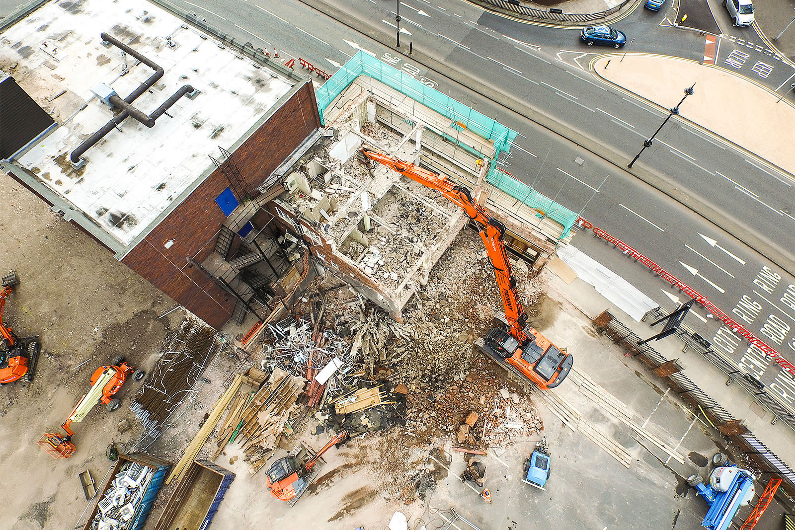 Aerial shot of Hitachi ZX350LC-5 high-reach demolition excavator