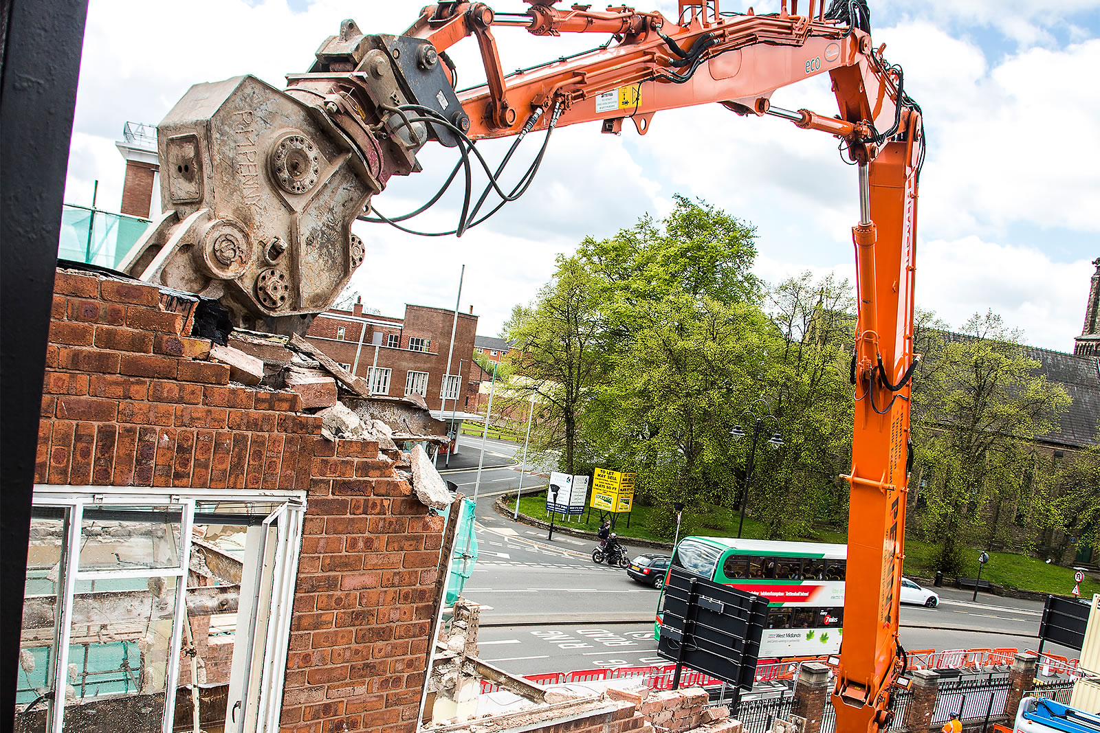 Hitachi ZX350LC-5 high-reach demolition excavator arm and boom