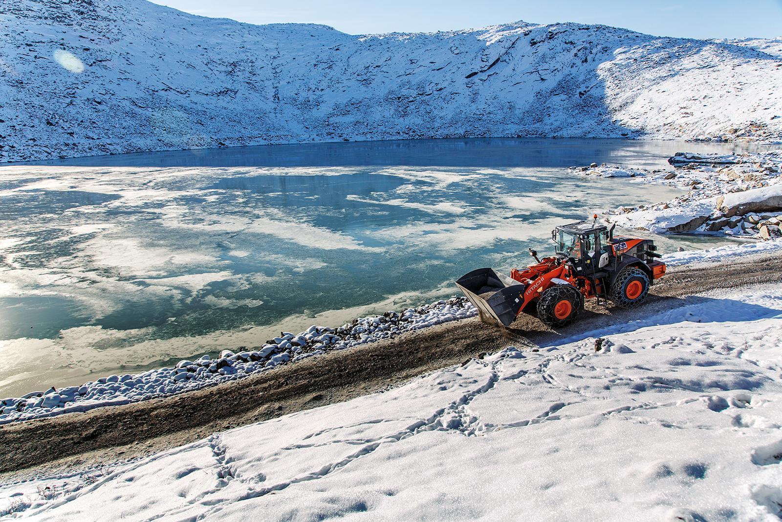 <b>Ładowarki kołowe</b> na Grenlandii
