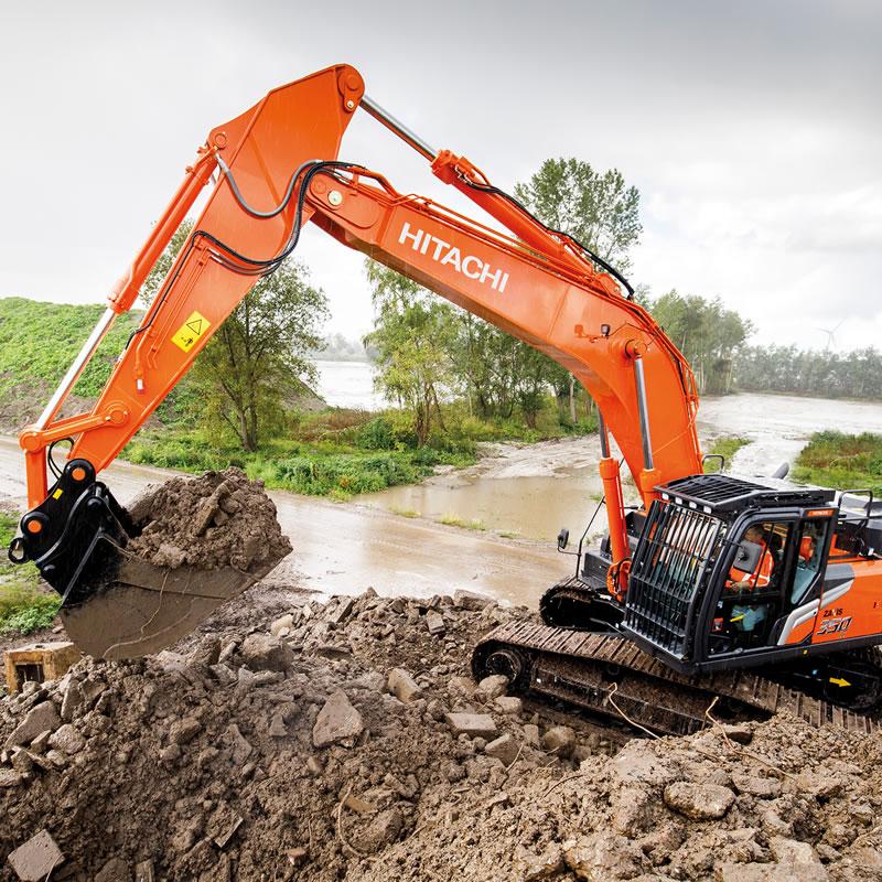 Hitachi Zaxis-7 excavator in action