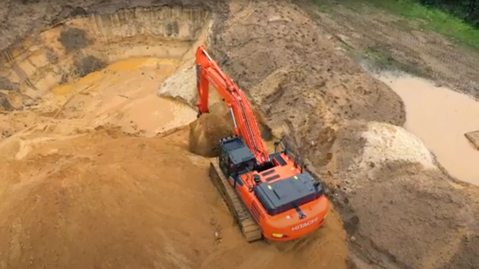 Enhanced safety with Hitachi Zaxis-7