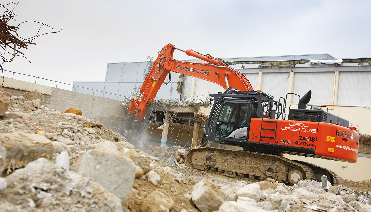 Hitachi ZX470LCH-5 on a demolition site in Hampshire, UK