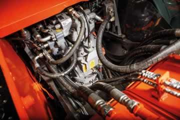 Moteurs hydraulique et électrique
