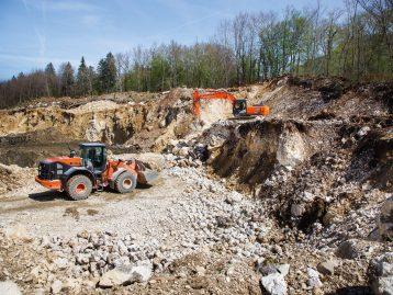Hitachi-Construction-Used